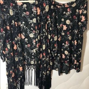 Torrid Black Floral Print Top and Duster, Size 2